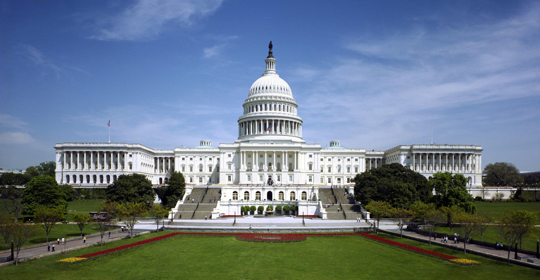 سيناتور أمريكي يدعو إلى طرد السفير السعودي لدى واشنطن