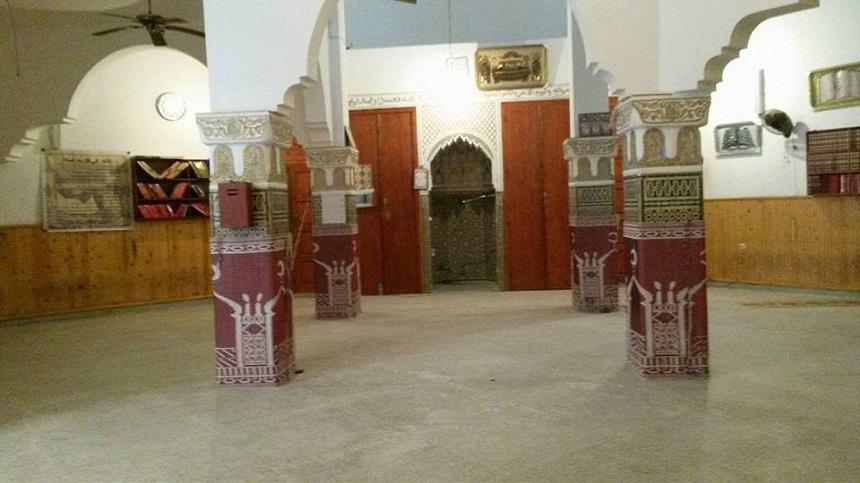 مساجد حي سيدي موسى بسلا تغلق الواحد تلو الآخر ولا تعاد للفتح.. آخرها مسجد الأزهر زنقة3