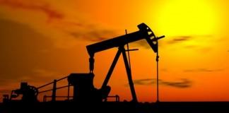 برميل النفط يحلق مجددا في الأسواق العالمية والمغاربة يضعون أيديهم على قلوبهم