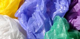 """تكاليف منع وجمع وحرق أكياس البلاستيك بعد حملة """"زيرو ميكة"""""""
