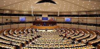 رئيس البرلمان الأوروبى: دول الاتحاد لن تعترف باستقلال كتالونيا