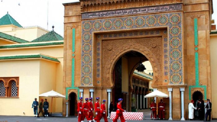 الأمن يعتقل موظفين بالقصر الملكي بتهمة النصب والاحتيال