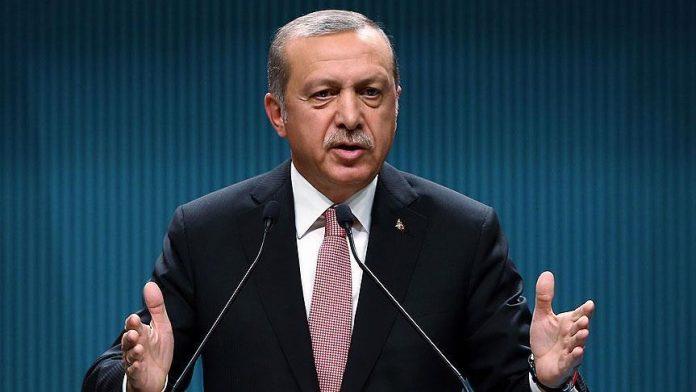أردوغان: لا يمكن الاختباء وراء محاربة داعش والهجمات الإرهابية التي تتعرض لها تركيا هدفها ضرب الاقتصاد لإخضاع البلاد