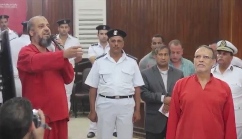 """مصر.. البلتاجي يوجه 3 أسئلة لمبارك ويدعو بـ""""العمى"""" على الكاذب"""