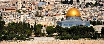 الاحتلال يزيل مكبرات صوت الأذان من مساجد أحياء في القدس