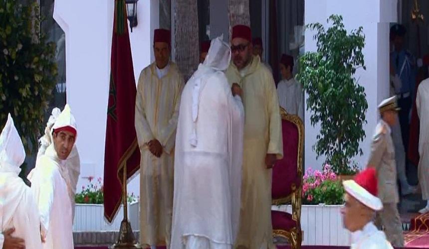 هذا مدار الحديث بين الملك وبنكيران خلال حفل الاستقبال الخاص بعيد العرش