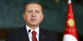 أردوغان: من يسعى إلى تقسيم بلادنا سنمطره بالقنابل