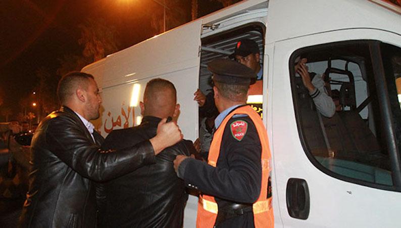 إلقاء القبض على عون سلطة وإيداعه السجن بسبب الرشوة
