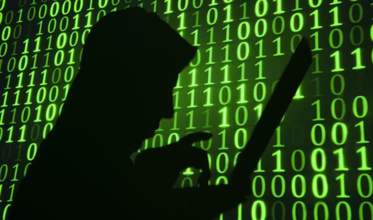 توقيف شخص للاشتباه في تورطه في قضية تتعلق بالمس بنظم المعالجة الآلية للمعطيات وقرصنة المواقع الإلكترونية