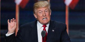 "ترامب: مدير FBI المقال ""كذاب"" وطرده يشرفني"