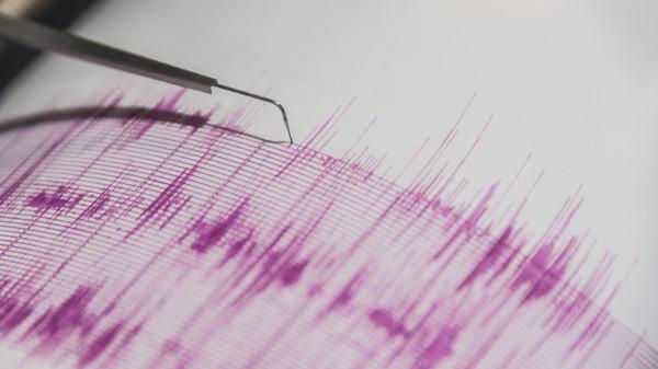 زلزال بقوة 5.9 ريختر يضرب شرقي إندونيسيا