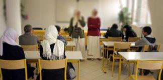 في اليوم العالمي للحجاب.. إندونيسيات يطالبن العالم باحترامه