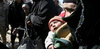 """الأمم المتحدة: 132 ألف نازح منذ بدء معركة الموصل أوضاعهم """"مزرية"""""""