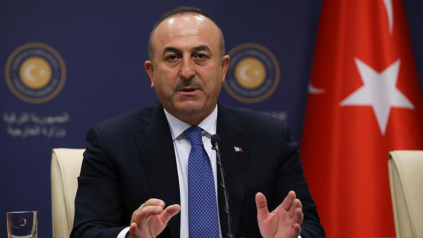 وزير الخارجية التركي: دولتان مسلمتان وراء الحملة على الليرة التركية