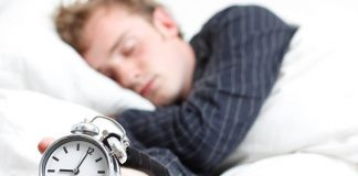 النوم الجيد ليلا يقي من السمنة المفرطة