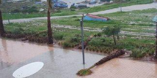 التساقطات المطرية تؤدي إلى سيول جارفة تتسبب في فيضان الوديان وشل حركة السير بمدينة كلميم