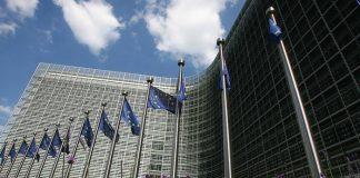 الاتحاد الأوروبي يطالب إسرائيل بالامتناع عن استخدام القوة ضد المتظاهرين