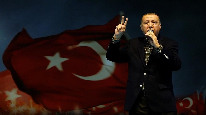 صحيفة يونانية: حاربوا تركيا إذا أردتم أن لا ينهض المسلمون