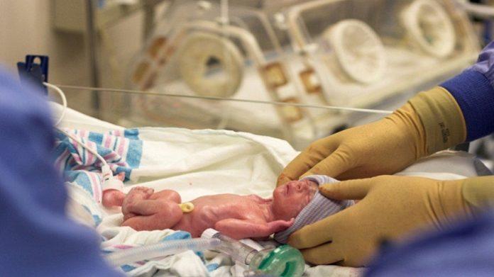 تقرير: 75 في المائة من المواليد الجدد يموتون قبل الولادة بالبوادي المغربية