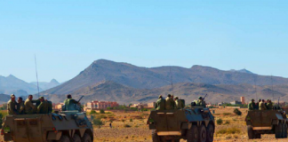 وحدات الدرك الحربي ترابض بالمعبر الحدودي الكركرات والملك يستعد لزيارة موريتانيا
