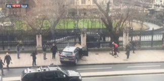 إصابة 12 شخصا على الأقل في إطلاق نار أمام البرلمان البريطاني