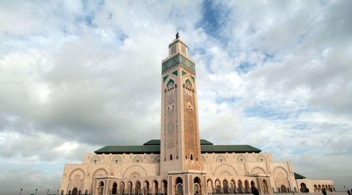 خبير بريطاني يحذر من مصر ويدعو لزيارة المغرب