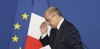 استقالة وزير الداخلية الفرنسي على خلفية تحقيق قضائي