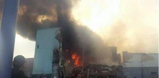 خطير.. لحظة انهيار البناية في حريق ورشة الخشب بسلا