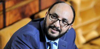 حسن طارق: إلى الأغبياء الذين تحدثوا عن الديبلومات و الخبرة