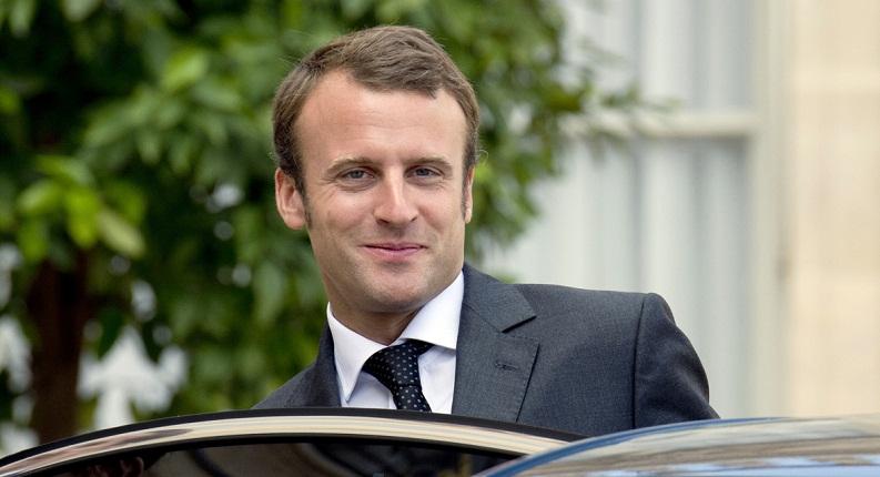 """رئيس المجلس الإسلامي الفرنسي يحذر من """"نوايا سيئة"""" لماكرون"""