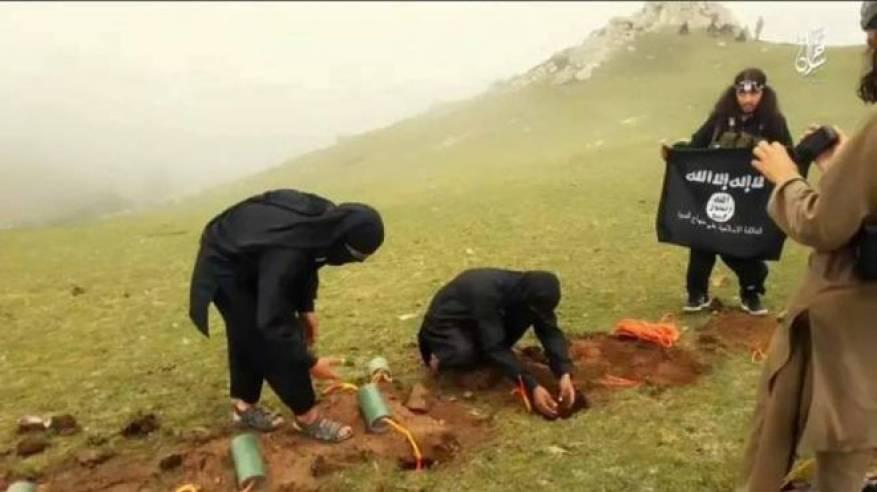 9 آلاف عائلة أفغانية تفر من اشتباكات بين طالبان و داعش