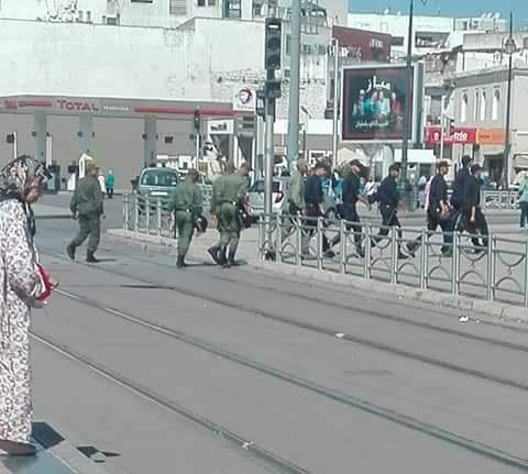 مطاردة أمن الرباط لأساتذة البرنامج الحكومي في الشوارع واعتقالات وإصابات في صفوفهم