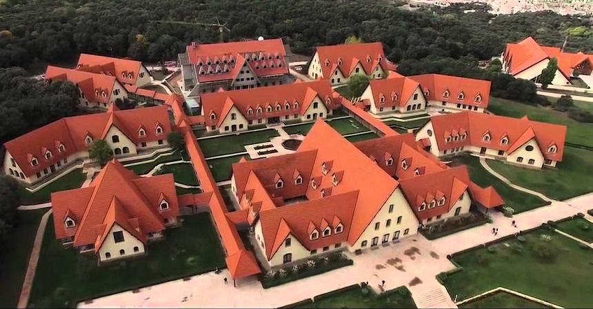 جامعة الأخوين بإفران تطلق شهادة الماستر حول تدبير المدن