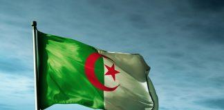 الجيش الجزائري يعلن ضبط صواريخ قرب الحدود مع مالي