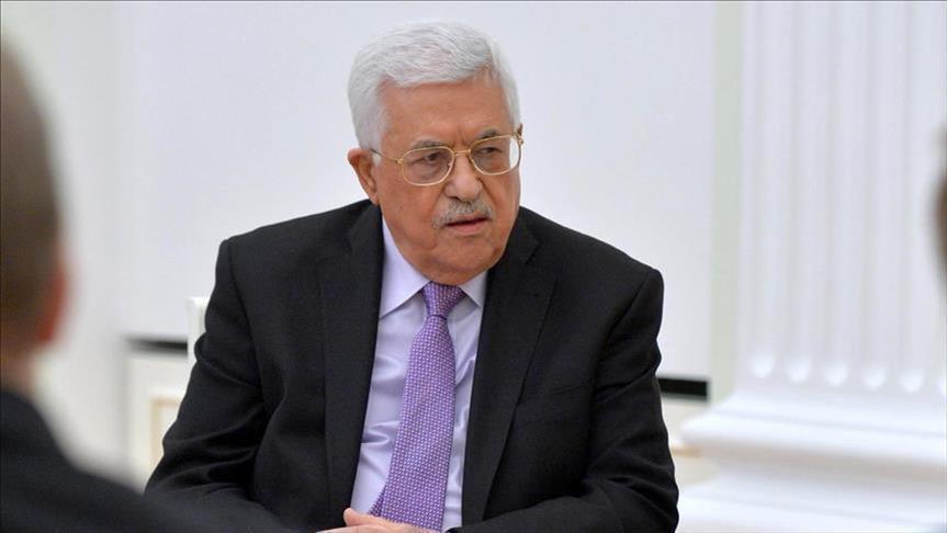 """عباس يبحث مع العاهل السعودي """"أخطارا"""" تواجه القضية الفلسطينية"""