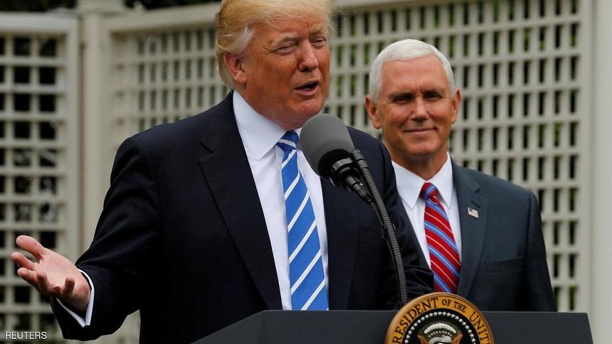 """ترامب يشبه المهاجرين في أمريكا بـ""""الثعابين الغدارة"""""""