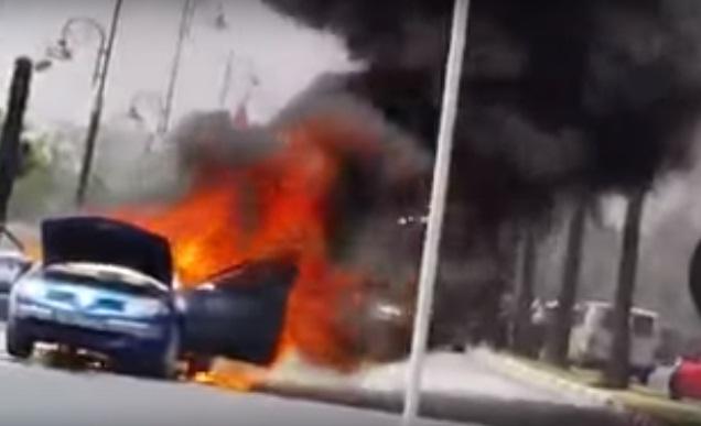 الديباناج يتسبب في إحراق سيارة.. جرها بالفرانمان