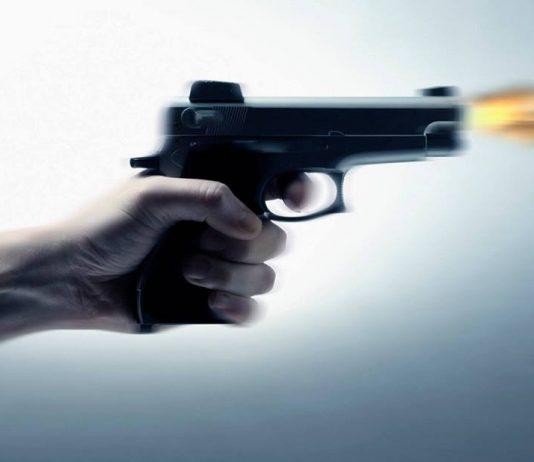 شرطي يضطر لاستخدام سلاحه الوظيفي لتوقيف شخص عرض حياة عناصر الشرطة للخطر بالدار البيضاء