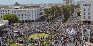 ليبراسيون: لماذا يريد إسلاميون بالمغرب فصل الدين والسياسة؟