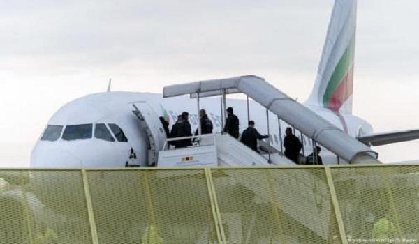 ألمانيا.. ترحيل مغربي يشتبه في إعداده لهجوم على السفارة الروسية ببرلين