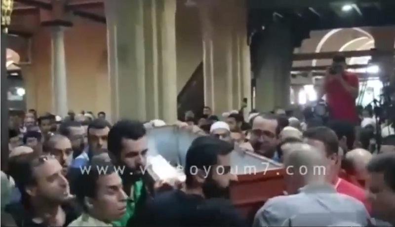 """جنازة حاشدة لتوديع العلامة الشيخ """"محمد الراوي"""" عن عمر 88 عاما"""