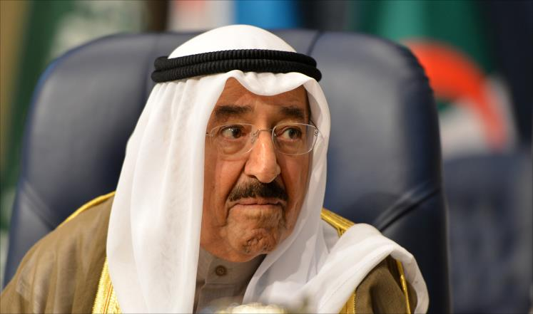 """أمير الكويت: لا حماية لفاسد ويجب تجنب """"افتعال الفوضى"""""""