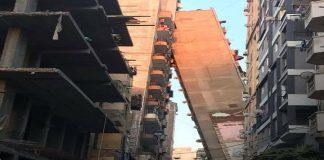 فيديو خطير.. مبنى من 12 طابقا يميل على المبنى المقابل له في مصر