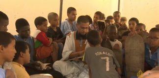 بالفيديو.. مدارس القرآن بموريتانيا.. بوابة الأطفال لتعلم الخط