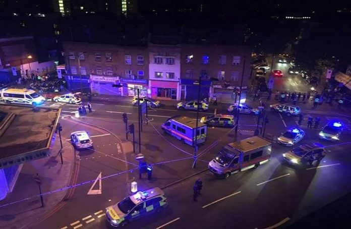 قتلى وجرحي إثر واقعة دهس استهدفت مسلمين قرب مسجد في لندن
