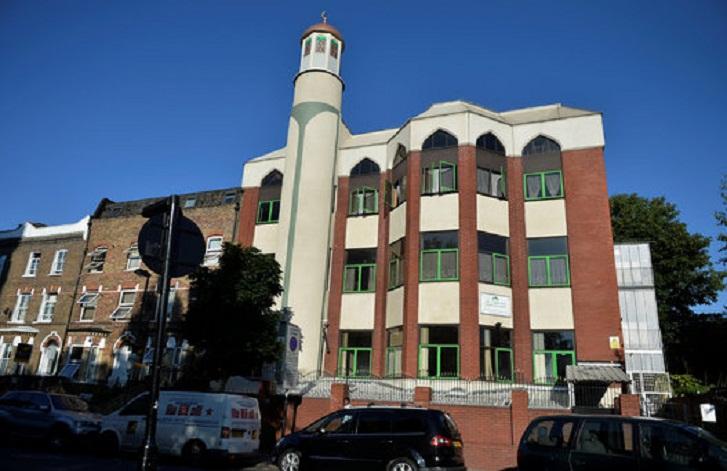 اعتداء عنصري على مسجد جنوبي السويد