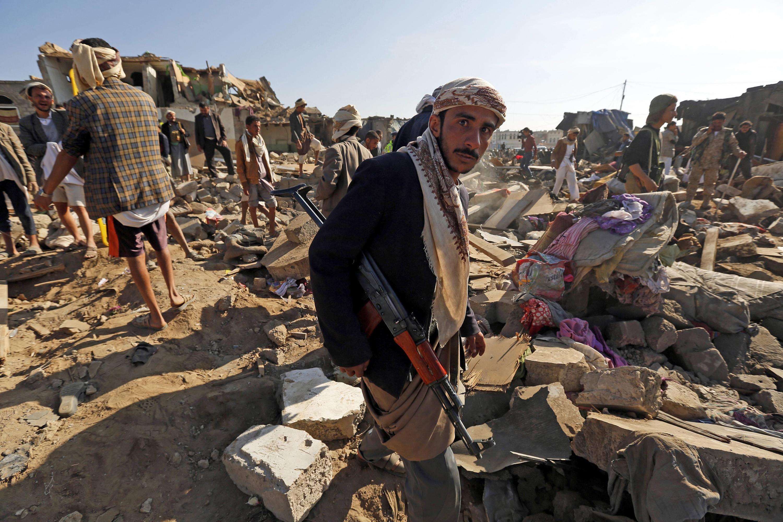 الحكومة اليمنية: قبلنا مقايضة الأسرى الحوثيين بمعتقلين