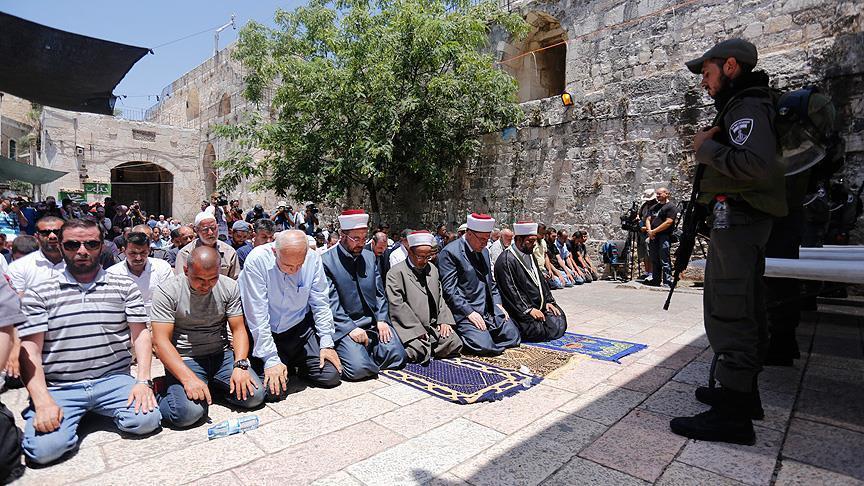 """""""حماس"""" تدعو لتكثيف المواجهات مع الجيش الصهيوني ردًا على """"جرائمه"""" بالأقصى"""