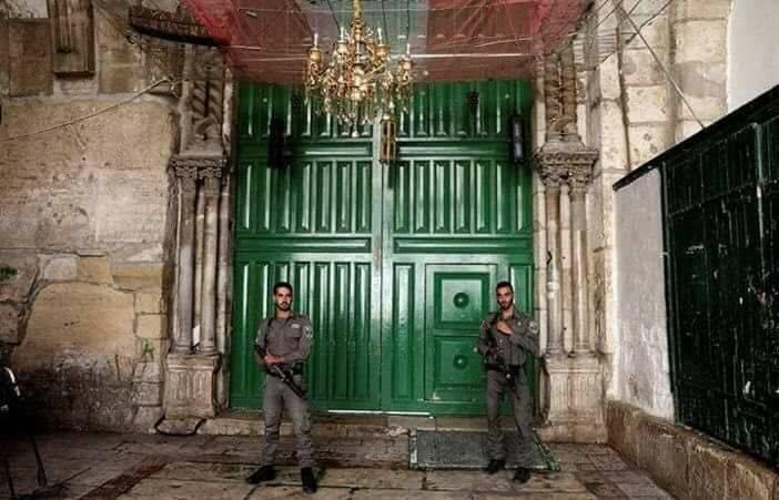 فتح بوابات المسجد الأقصى أمام المصلين بعد إغلاقه لساعات