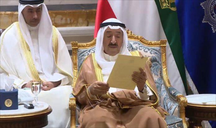 رسالتان خطيتان من أمير الكويت للعاهل السعودية والرئيس المصري